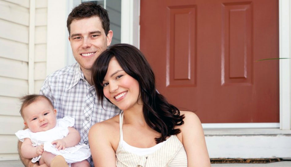 first time buyers young couple