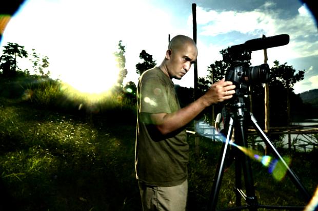 vidoegrapher