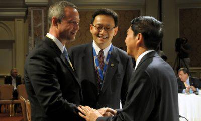 Chines Executives negotiation