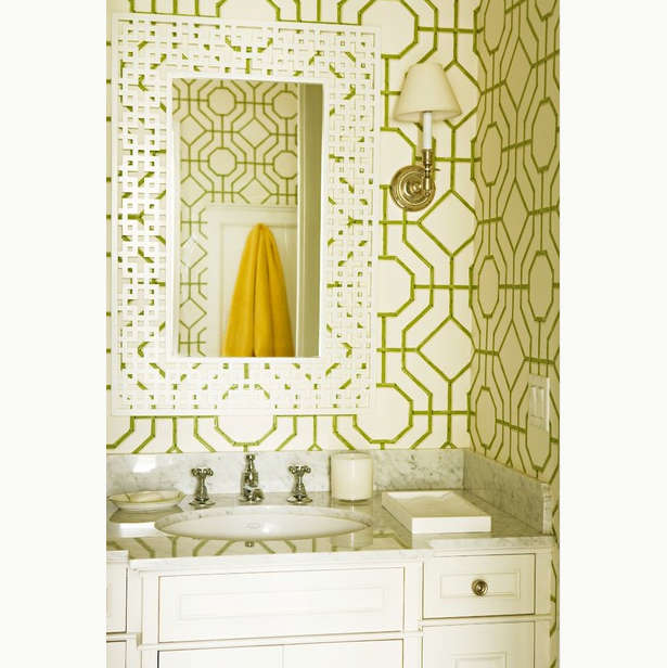 graphic pattern bathroom