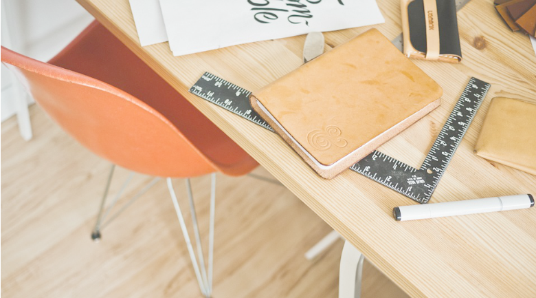 desk organize productivity
