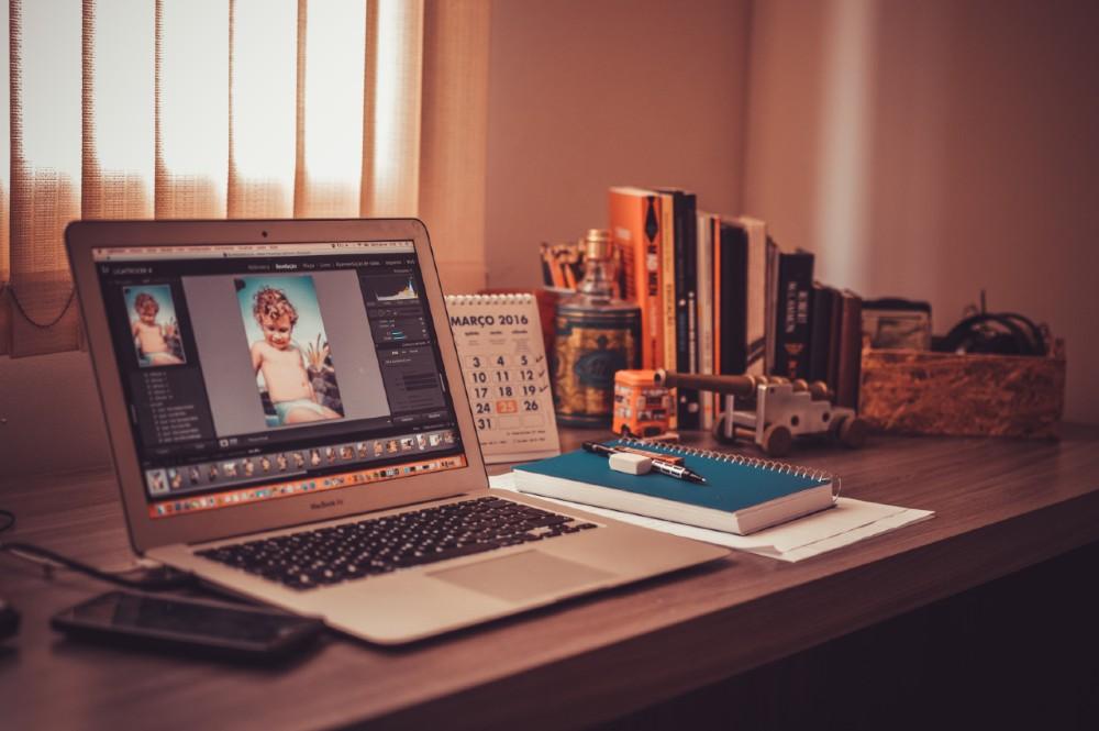 Freelance desk
