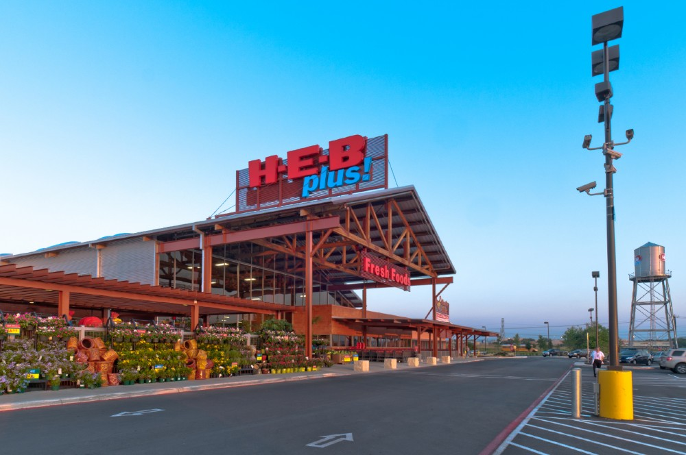HEB store front
