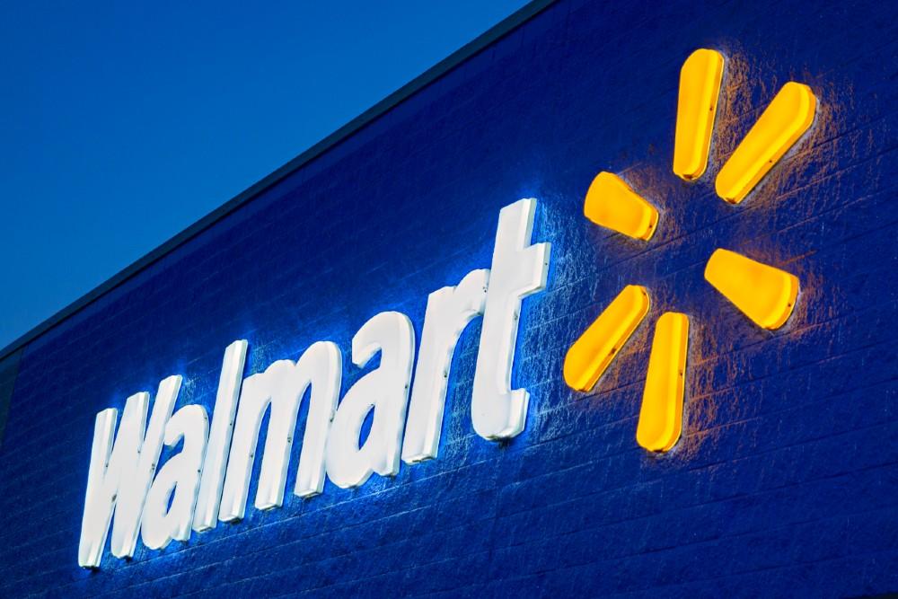 Walmart+ Amazon