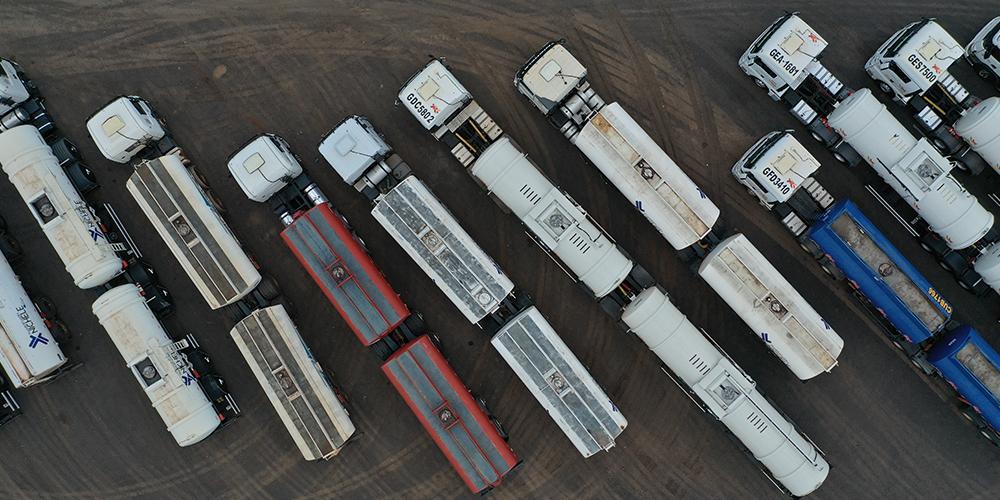 Semitrucks preparing for driverless delivery