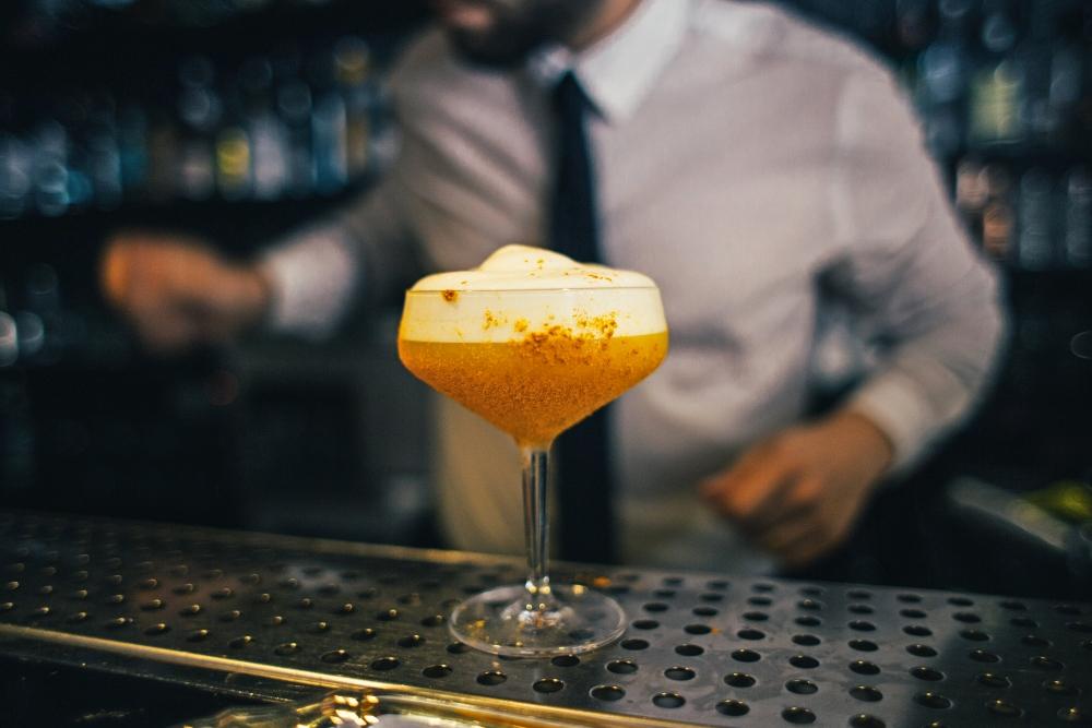 alcohol bartender